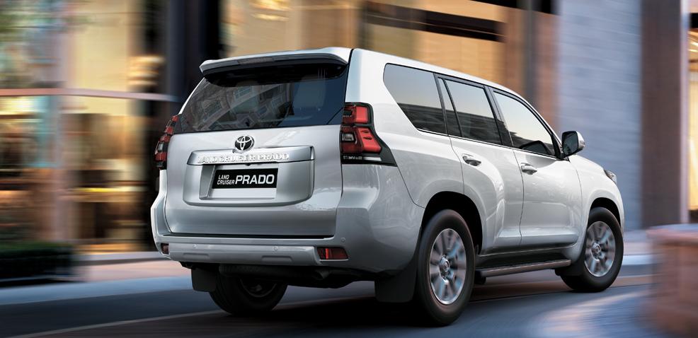 Toyota Land Cruiser Prado giao ngay