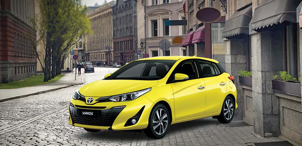 Toyota Yaris 2021 màu vàng